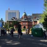 札幌にデロリアンが過去からタイムスリップ?