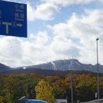 手稲山もそろそろ根雪で冬支度