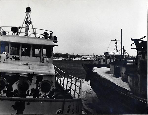 石狩川にあった廃船