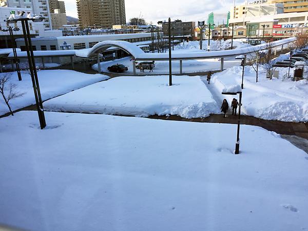 手稲駅北口広場