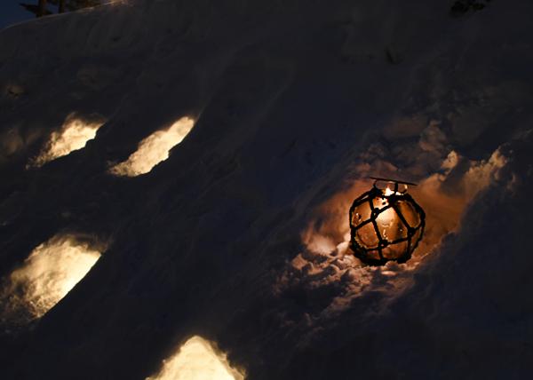 ガラスの浮き球
