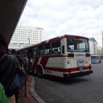 旭川駅から旭山動物園へは1時間に2本あるバス6番乗り場