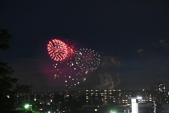 手稲の町の花火