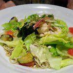 札幌ステラプレイス花旬庵の黒酢サラダ蕎麦