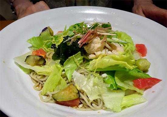 黒酢サラダ蕎麦