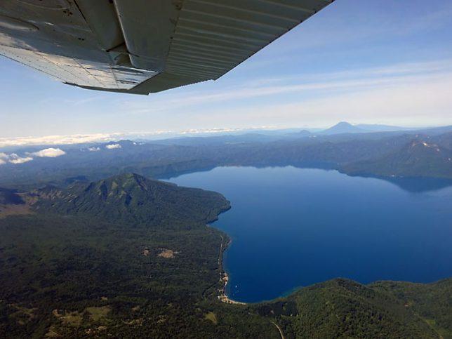 支笏湖から風不死岳