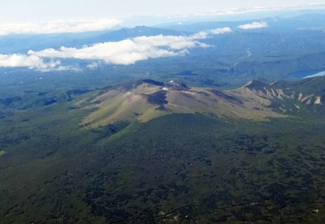 樽前山の航空写真